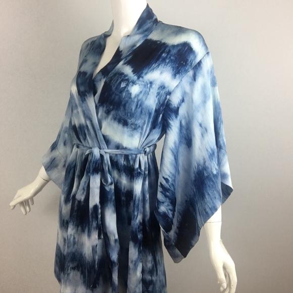 a5cde97362 Josie Natori Kimono Shibori Tye Dye Robe